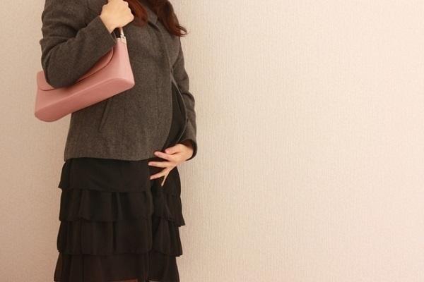 妊娠・出産・マタニティブルーで悩む原因や理由とは
