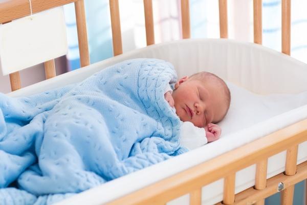 乳幼児の育児・子育てで悩む原因や理由とは